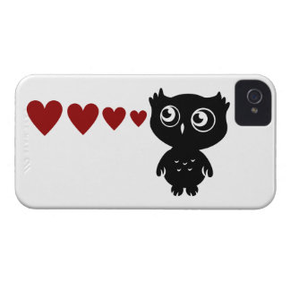 Owl Sees Love I iPhone 4 Covers