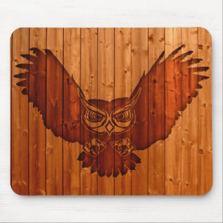 Owl silhouette in wood mouse pad