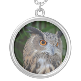 owl turning to the right head view bird personalized necklace