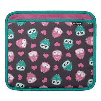 Owls and Hearts Rickshaw iPad Sleeve