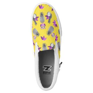 Owls likes pineapple! Slip-On shoes
