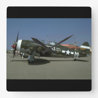 P47, Left View._WWII Planes Wall Clock