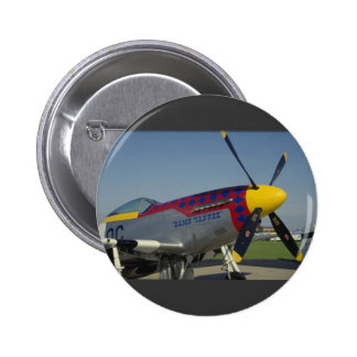 P51 Mustang, nose cone/propeller showing nose art 6 Cm Round Badge