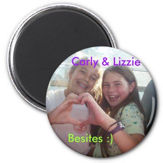 P5250239, Carly & Lizzie, Besites :) 6 Cm Round Magnet