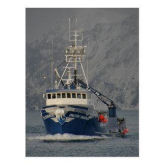 Pacific Mariner with Freezing Spray Unalaska Isla Postcard
