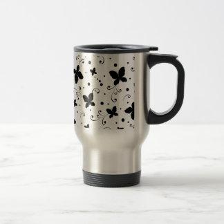 padrão com borboletas coffee mug