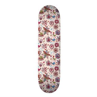 padrão com passaros e flores skate board deck