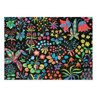 padrão floral em fundo escuro business card template