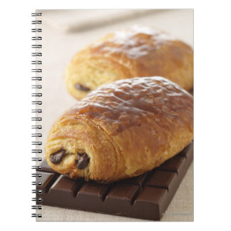 pain au chocolat notebook
