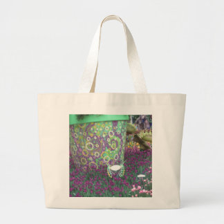 Painted Garden Wall Flowers Butterfly KIDS gifts Bag