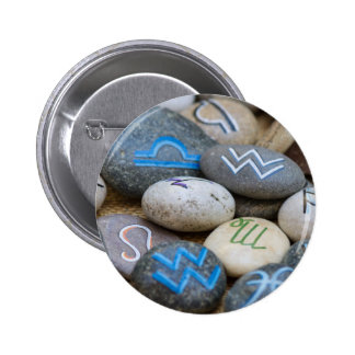 painted rocks 6 cm round badge