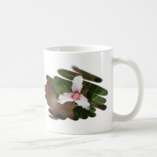 Painted Trillium wildflower Mug