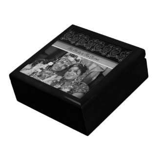 Paisley Flower Large Square Gift Box