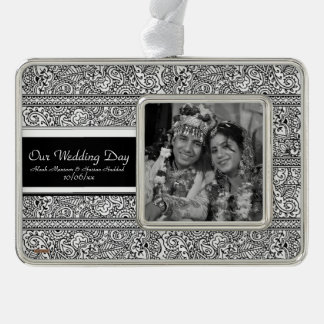Paisley Passion - Black (Henna) Silver Plated Framed Ornament