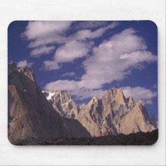 Pakistan, Baltoro Muztagh Range, Grand Cathedral Mouse Pad