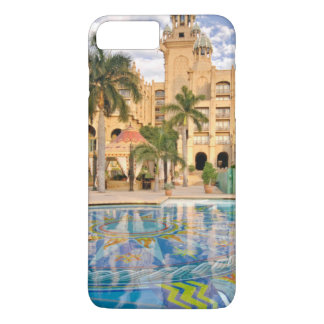 Palace Of The Lost City Hotel And Swimming Pool 2 iPhone 8 Plus/7 Plus Case