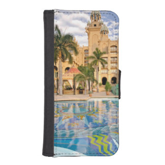 Palace Of The Lost City Hotel And Swimming Pool 2 iPhone SE/5/5s Wallet Case