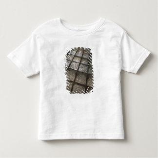 Palacio de Communicaciones, glass flooring Shirt