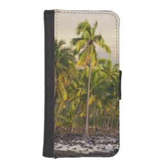 Palm trees, National Historic Park Pu'uhonua o 2 iPhone SE/5/5s Wallet Case