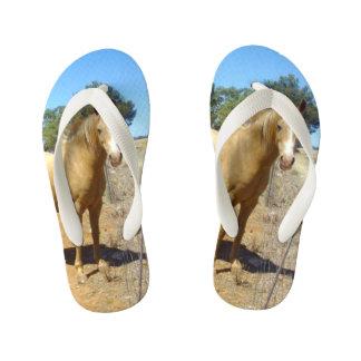 Palomino Horse Beauty, Kid's Flip Flops