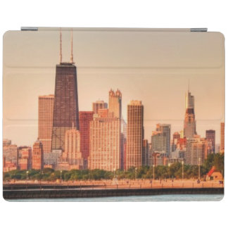 Panorama of Chicago skyline at sunrise iPad Cover