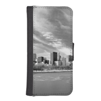 Panoramic view of Chicago skyline in winter iPhone SE/5/5s Wallet Case