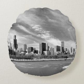Panoramic view of Chicago skyline in winter Round Cushion