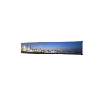 Panoramic view of Chicago's North Avenue Beach Canvas Prints