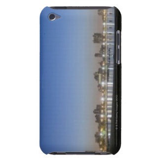 Panoramic view of Chicago's North Avenue Beach Case-Mate iPod Touch Case