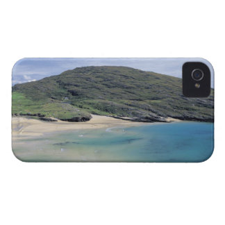 panoramic view of mountains and lake iPhone 4 case