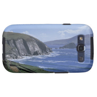 panoramic view of ocean waves crashing on a galaxy SIII case