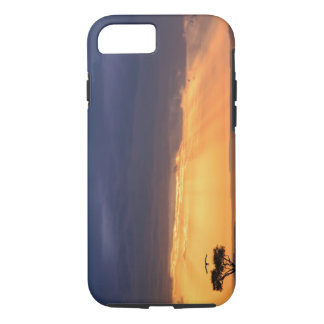 Panoramic view of Vulture and acacia tree iPhone 8/7 Case