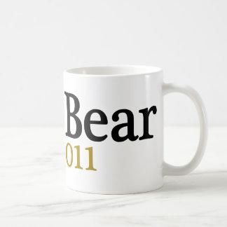 Papa Bear est 2011 Coffee Mugs