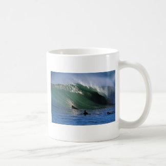 Paradise green surfing wave New Zealand Basic White Mug