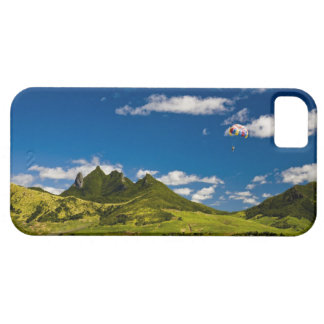 Parasailing within View of impressive Lion iPhone 5 Cases