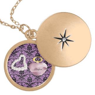 Parfum & Pearls Purple Damask Gold Round Locket