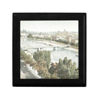 Paris, La Seine Gift Box