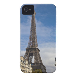 Paris, The Eiffel Tower. iPhone 4 Cover