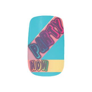 Party Now Bubblegum Minx Nails Set Minx Nail Art