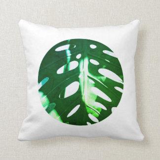 Pastel Pale Green Plant Leaf White Circle Cushion