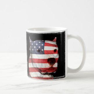 Patriotic pitbull basic white mug