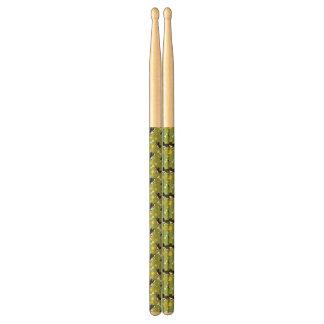 pattern 3 drumsticks
