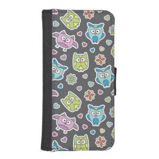 pattern of cartoon owls iPhone SE/5/5s wallet case