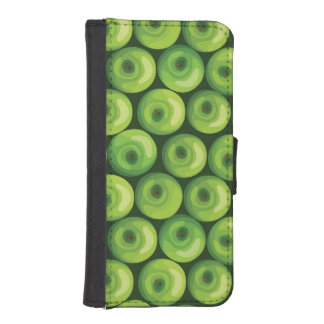 Pattern with Green Apples iPhone SE/5/5s Wallet Case