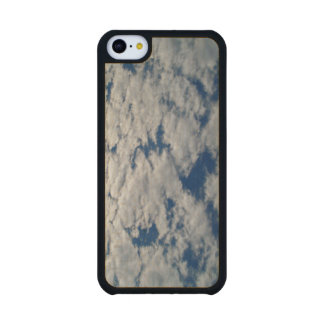 Patterns In The Sky Carved® Maple iPhone 5C Slim Case