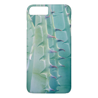 Patterns of an Agave plant iPhone 8 Plus/7 Plus Case