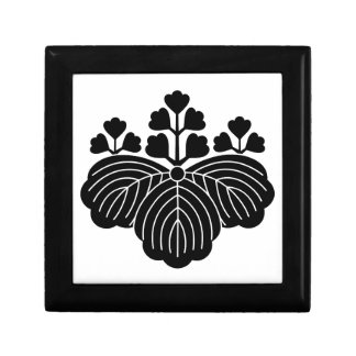 Paulownia with 5/3 blooms small square gift box