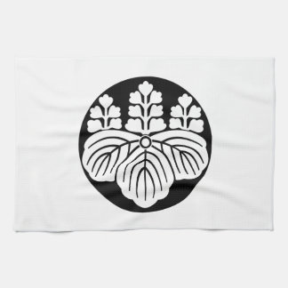Paulownia with 5&7 blooms in rice cake tea towel