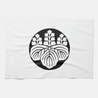 Paulownia with 5&7 blooms in rice cake tea towel