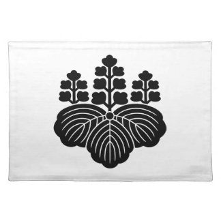 Paulownia with 5&7 blooms place mats